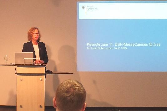 Dr. Astrid Schumacher, BSI