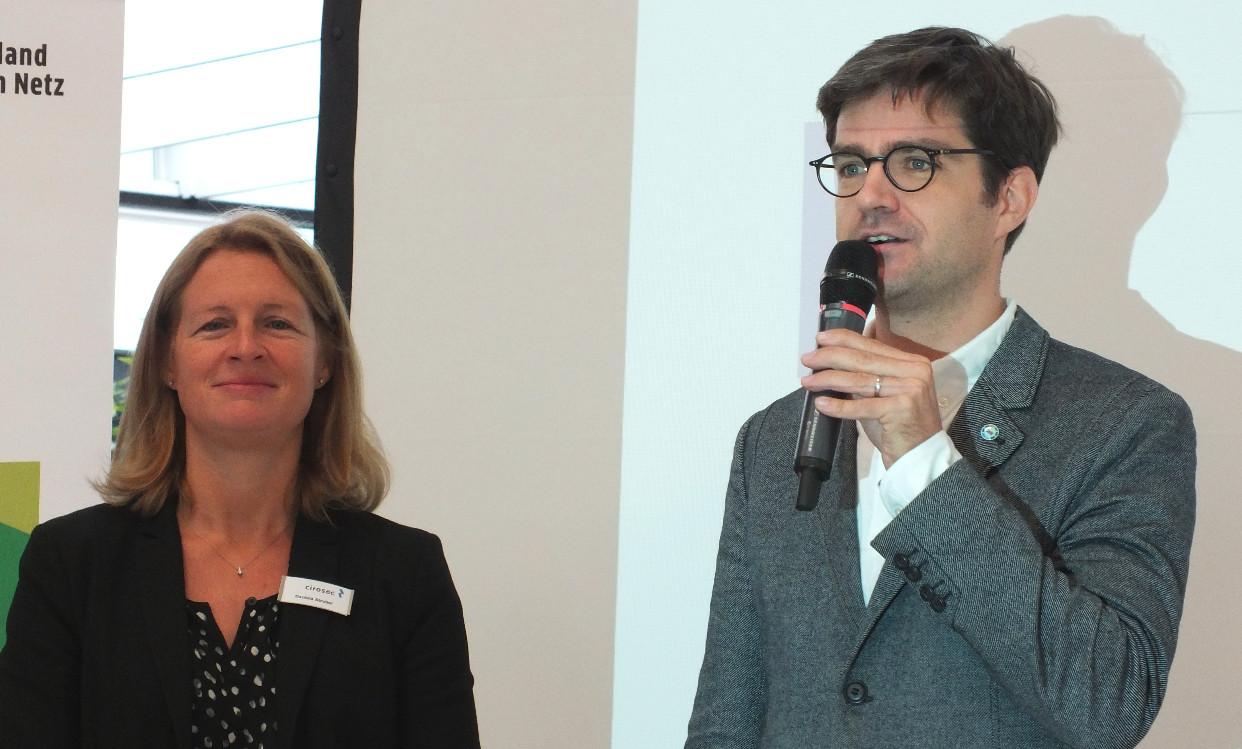 it-sa-2017: 9. DsIN-MesseCampus- Eröffnung Dr. Michael Littger, Daniela Strobel