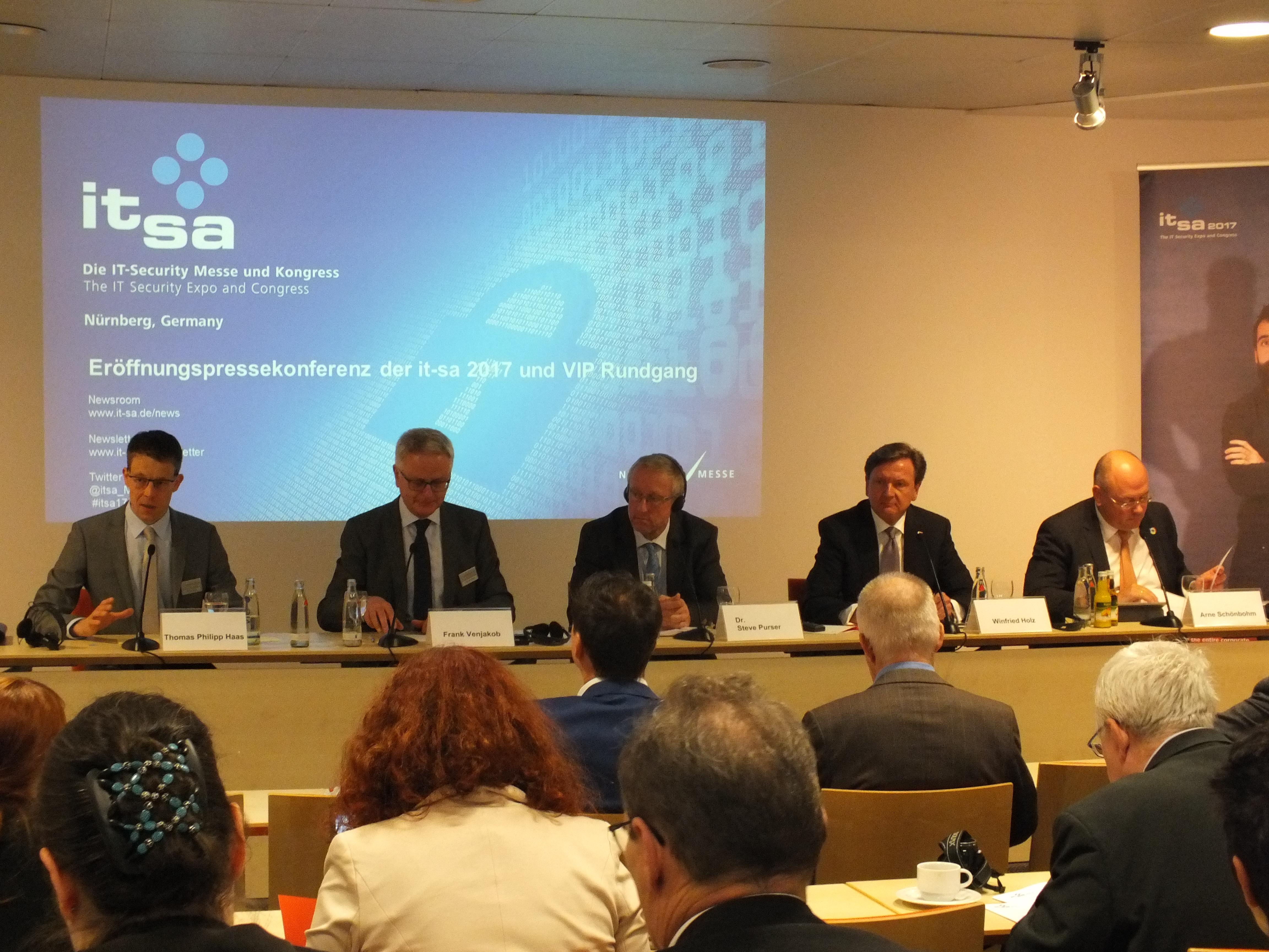 it-sa 2017: Eröffnungspressekonferenz