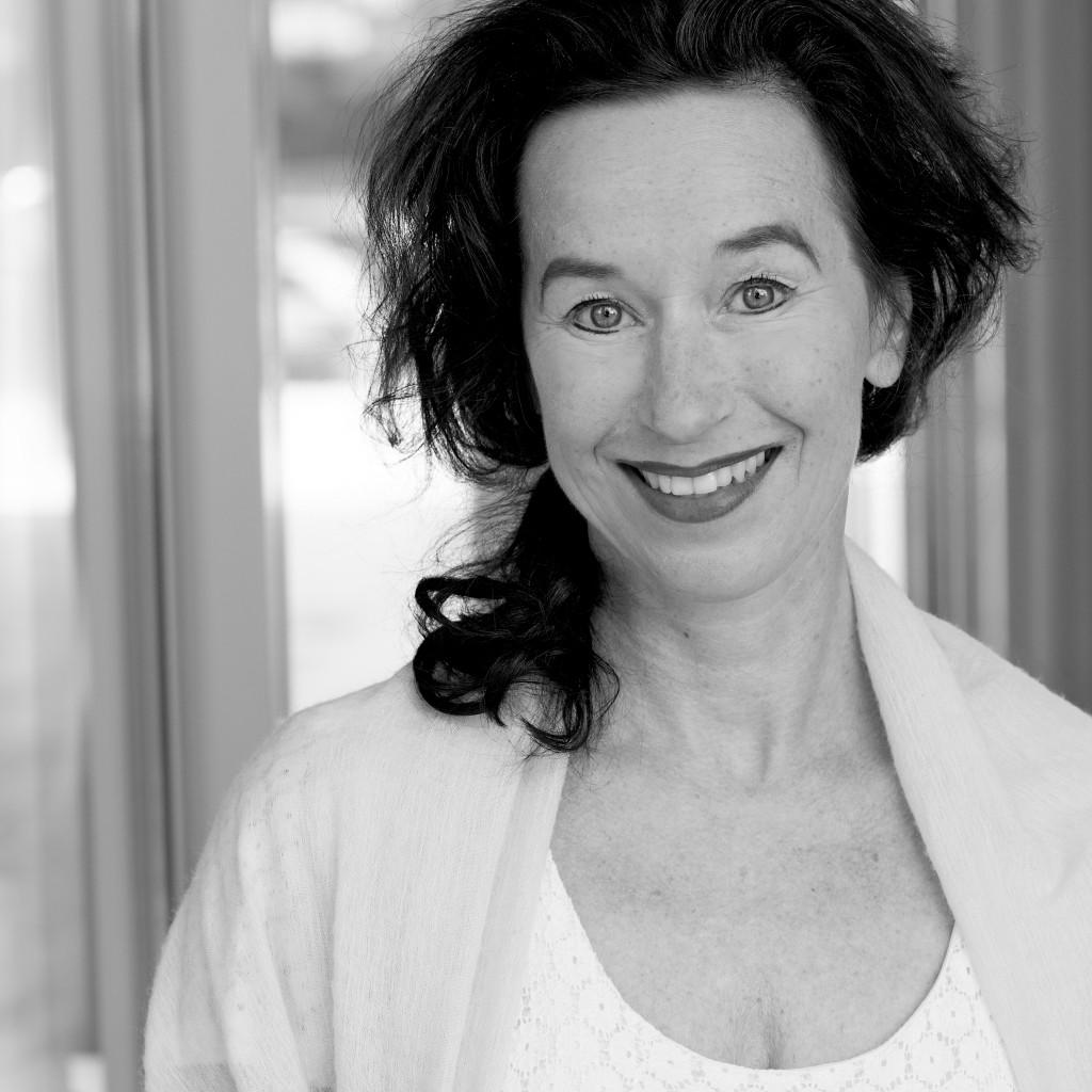 Lucia Falkenberg, eco